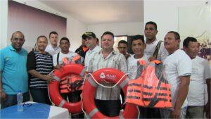 Entrega de implementos a favor de pescadores de Cienaga_DLTD_2