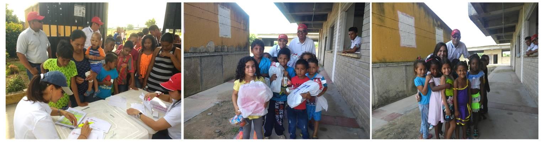 Niños del corregimiento de La Aurora en el departamento del Cesar al momento de recibir sus regalos.