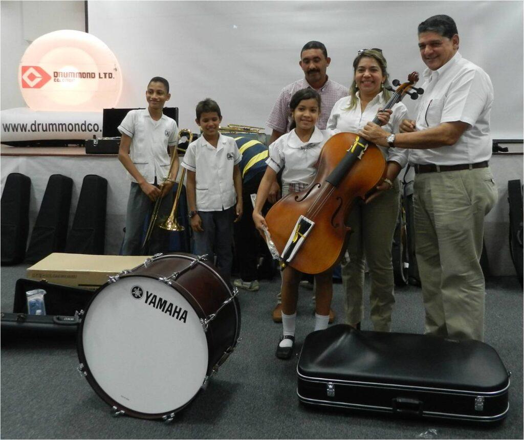 Entrega dotacion de instrumentos musicales1_DLTD
