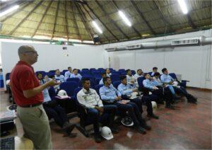 Estudiantes de Universidad Pedagogica y Tecnologica de Colombia visitan DLTD_2