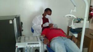 *En la fotografía: paciente en consulta en el Puesto de Salud de Potrerillo.