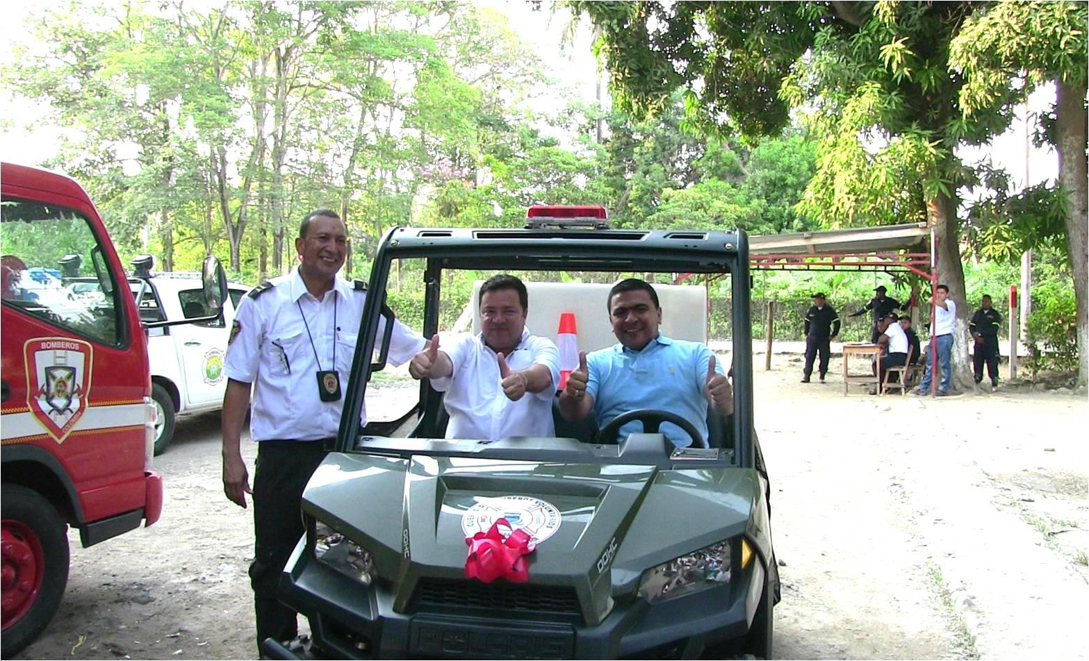 Vehiculo contra incendio para Zona Bananera_DLTD